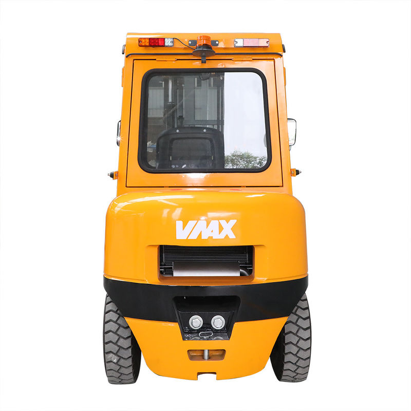 Yellow Color Warehouse Lifting Equipment / Diesel Engine Forklift 3.5 Ton